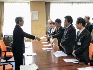 広島労働局へ申し入れ18年2月15日
