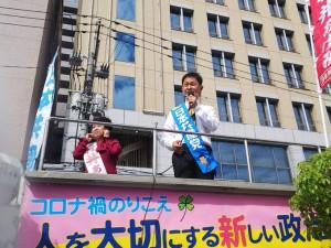 村井さんと宣伝10月11日ylH3